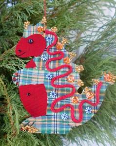 Дракончик - символ 2012 года - новогоднее украшение