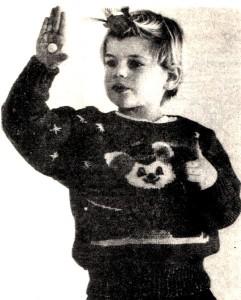Пуловер с мышонком - детский, вязание спицами