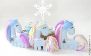 Лошадка Снежинка. Символ Нового года. Мастер-класс.